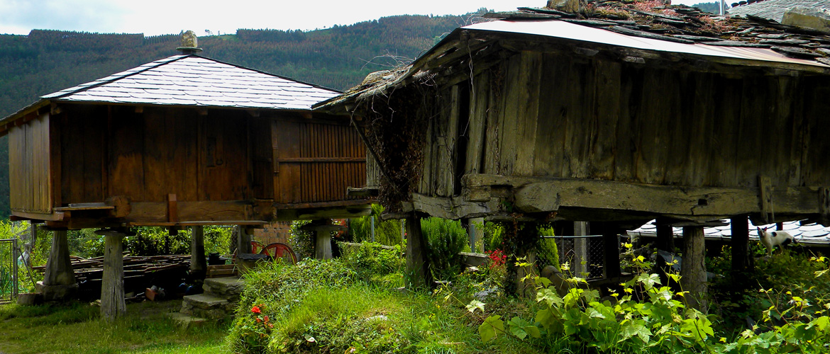 Old and new horreo in Xudan, Galicia